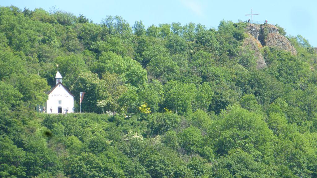 Landskrone mit Kapelle