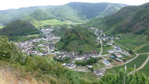 Mayschoss, Rund-um-Sicht auf Burgberg